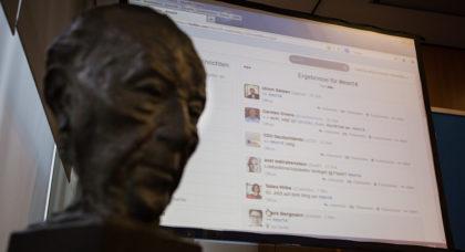 Twitterwall mit dem Hashtag #mn14 bei der MediaNight der CDU im Mai. (Foto: Tobias Koch)