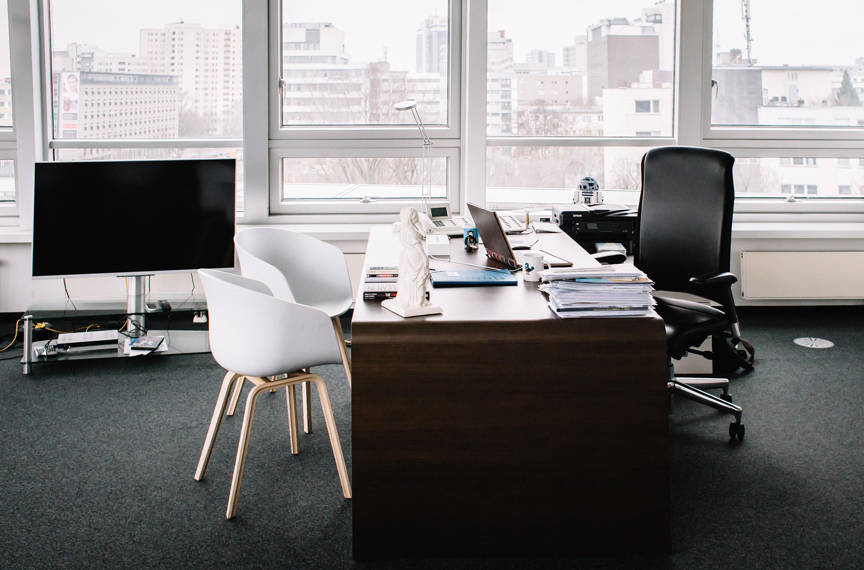 Mein Schreibtisch im Konrad-Adenauer-Haus. / Foto: Tobias Koch (www.tobiaskoch.net)